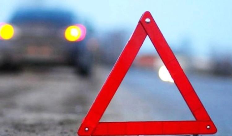 Под Ивановом автобус врезался востановку, шесть раненых