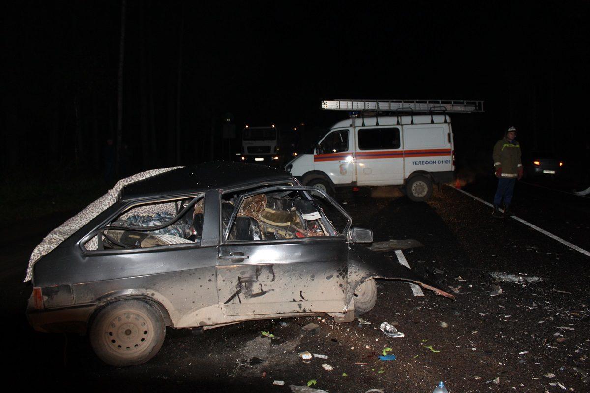 ВИвановской области нетрезвый шофёр устроил ДТП: погибли два человека
