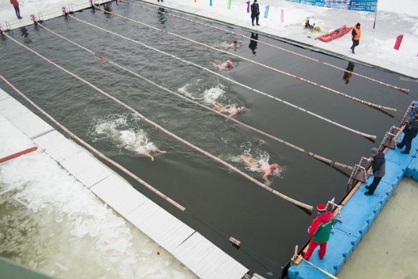 «Моржи есть ивАвстралии»: вМинске проходит чемпионат позимнему плаванию