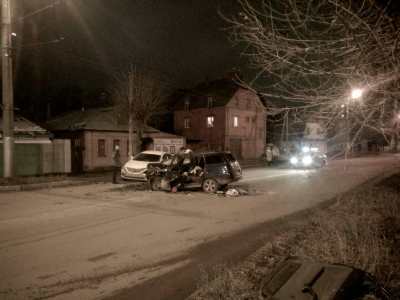 Нетрезвый шофёр «ВАЗа» попал вреанимацию после лобового ДТП вИванове
