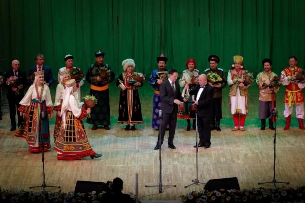 Мединский наградил лауреатов правительственной премии «Душа России»