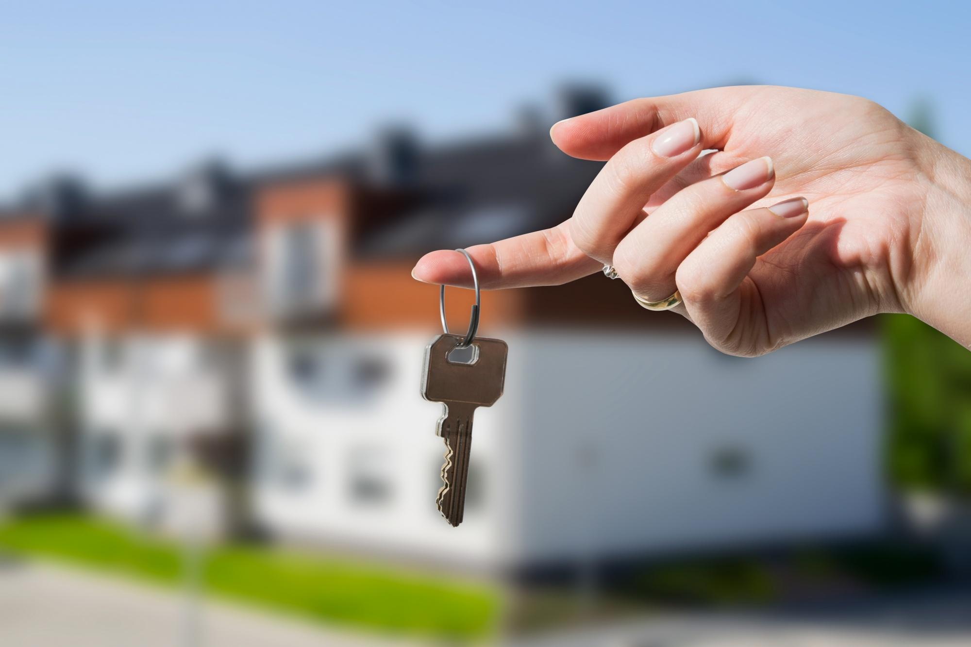 Власти отказались от окончания программы бесплатной приватизации жилья