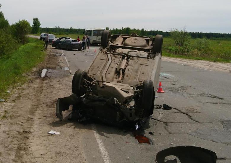 ВИвановской области нетрезвый шофёр спровоцировал ДТП на«встречке»