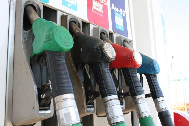 ВНовосибирске увеличились  цены набензин