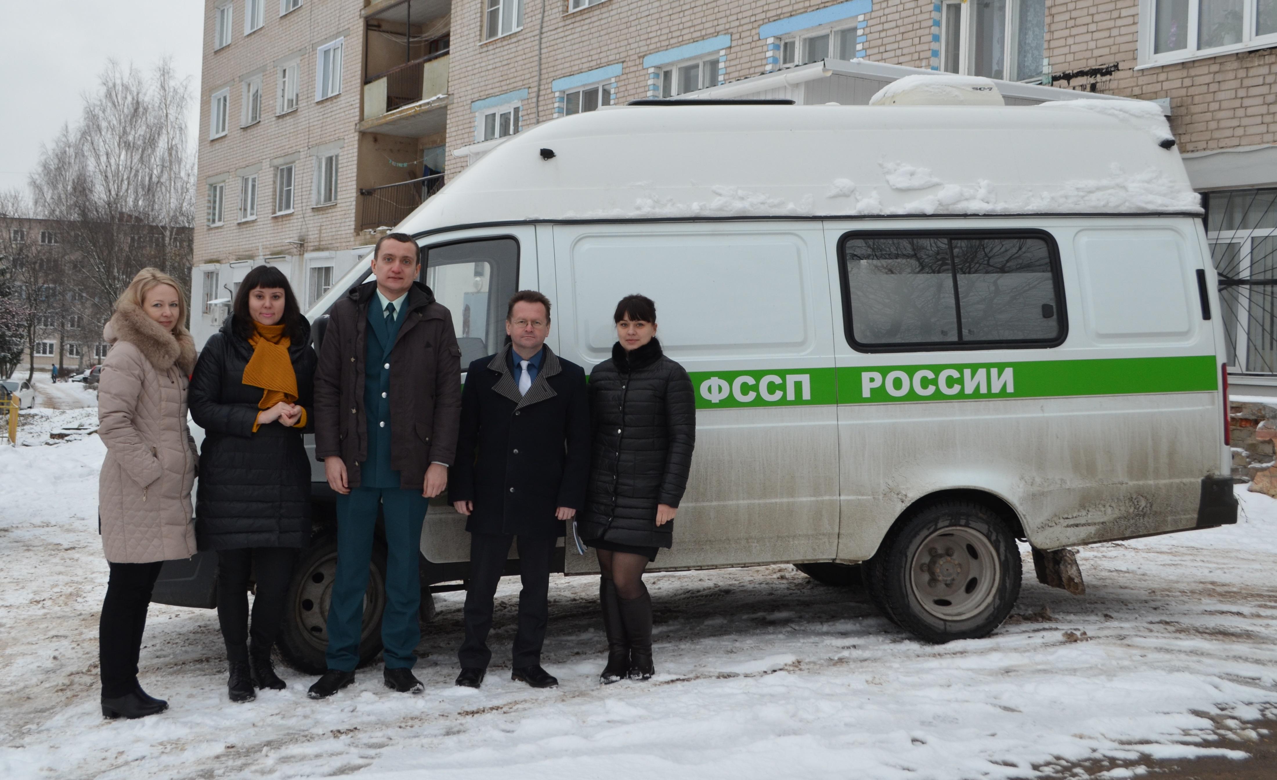 В России горит крупнейший деревообрабатывающий завод (ФОТО)