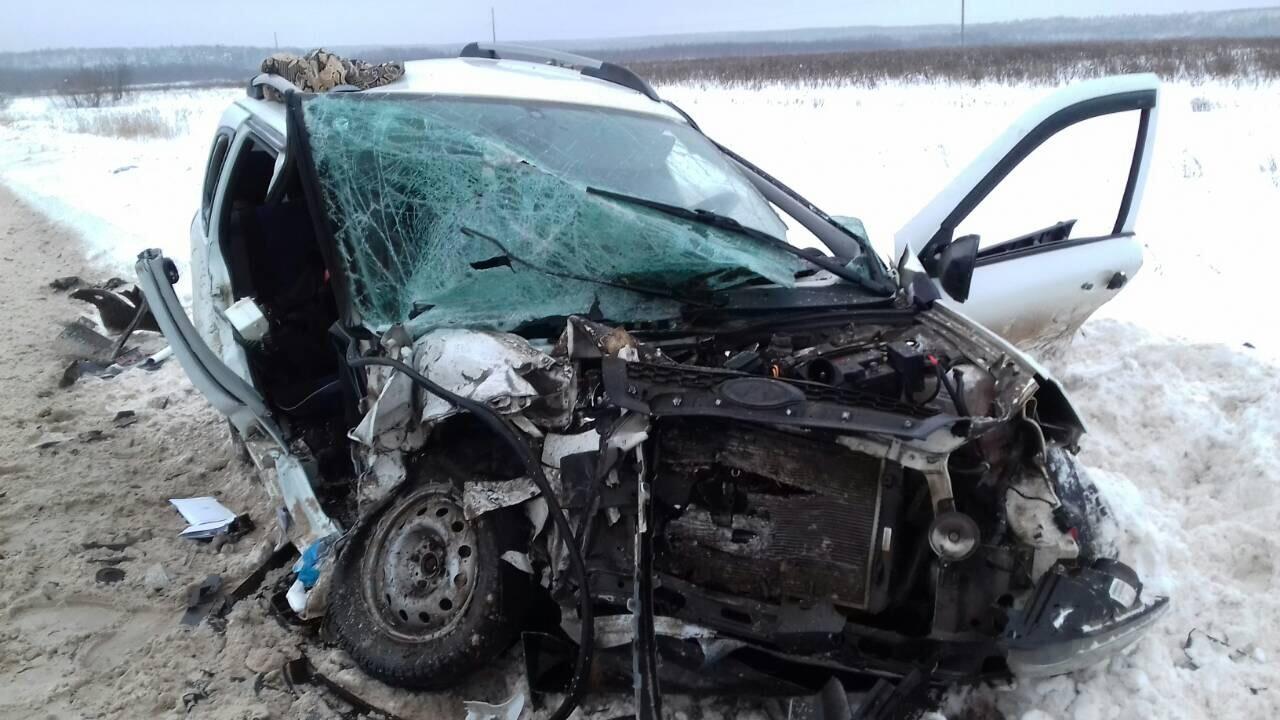 Попал без прав в дтп пассажир погиб